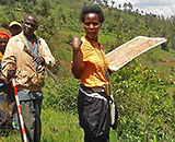 Recognition and allocation of propriety and user rights over land in Burundi (©SDC)