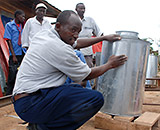 Workshop on making metal silos for grain storage, Kenya (Photo: A. Wamalwa/CIMMYT)